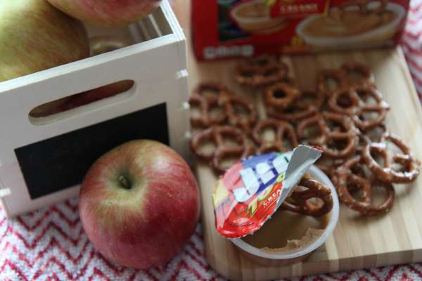 Apples Dipped in Peanut Butter