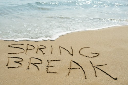 Spring Break on a Budget :: Tips to Help You Save