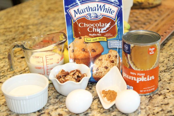 Chocolate Chip Pumpkin Muffins Ingredients