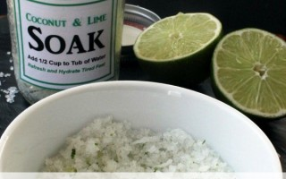 {Gifts in a Jar} Coconut Lime Foot Soak