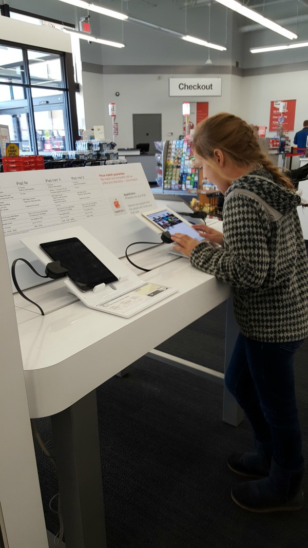 electronics-at-staples