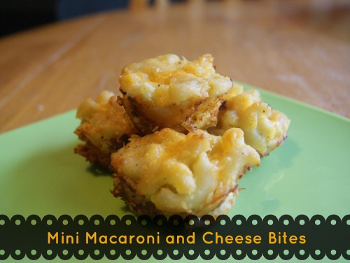 {Freezer to Lunchbox Series} Mini Macaroni and Cheese Bites via @BargainBriana