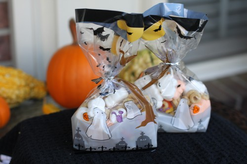 Ghostly Crunch Much for Halloween Treats