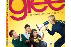 Amazon: Glee- The Complete First Season Box Set [Blu-ray] $24.99