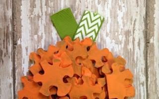 DIY Puzzle Pumpkin   Halloween Craft