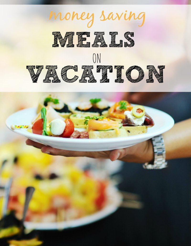 How to Save Money on Meals on Vacation