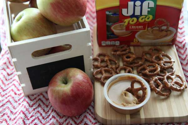 Nutritious and Delicious! Check out the  Jif To Go products, which are convenient and easy to enjoy for your life on the go! Plus, we have a fabulous giveaway on our blog! #JifToGo #ad