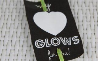 """My Heart Glows"" Glow Stick Non-Candy Valentine's Day Idea"