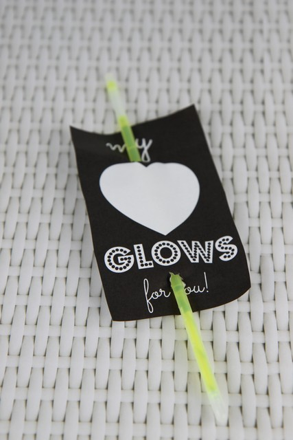 """My Heart Glows"" Glow Stick Non-Candy Valentine's Day Idea"
