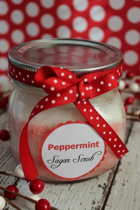 {Gifts in a Jar} Peppermint Sugar Scrub