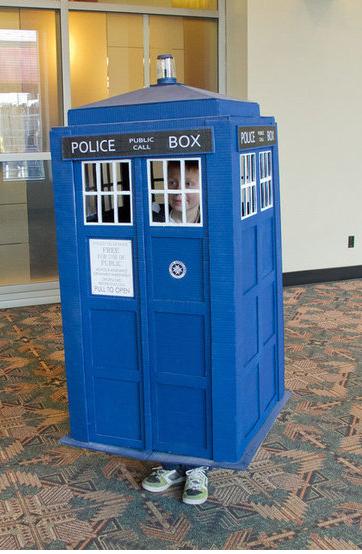 Police Box - Dr Who ish