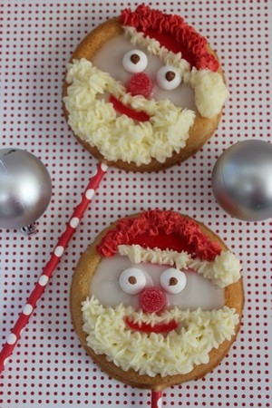 Recipe for Santa Face Cookie Pops