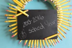 Dollar Tree Crafts: Back to School Wreath