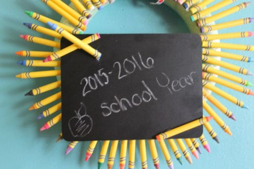 Dollar Tree Crafts: Back to School Wreath