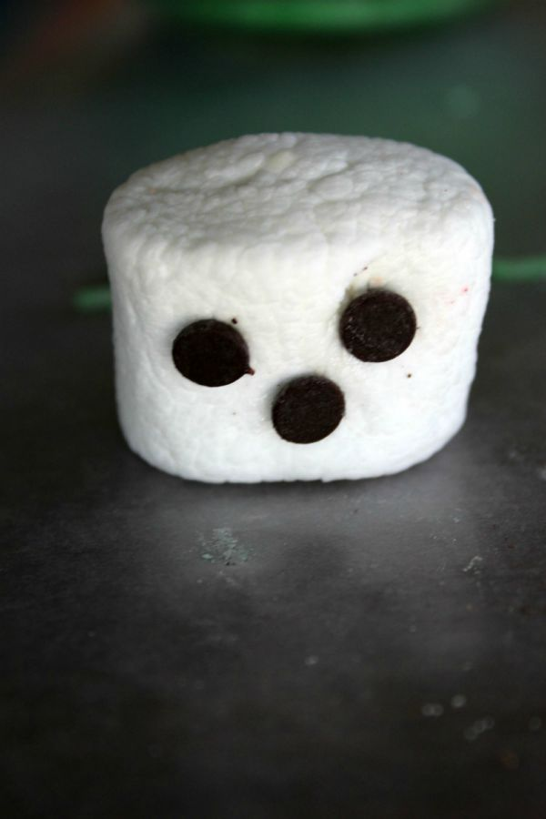 Spooky Marshmallow Witches Step 3