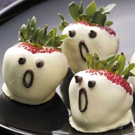 Strawberry Ghosts Inexpensive Halloween Food and Treat Ideas