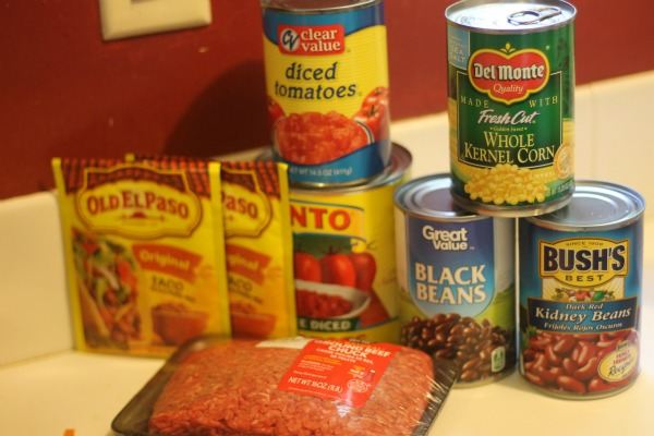 Chili is a fall and winter staple in our house-easy to make, everybody loves it, and it fills you up good. But every now and then we feel the need to mix it up a little and introduce some new flavor- Taco Chili is a great way to get your chili fix with a fresh twist.
