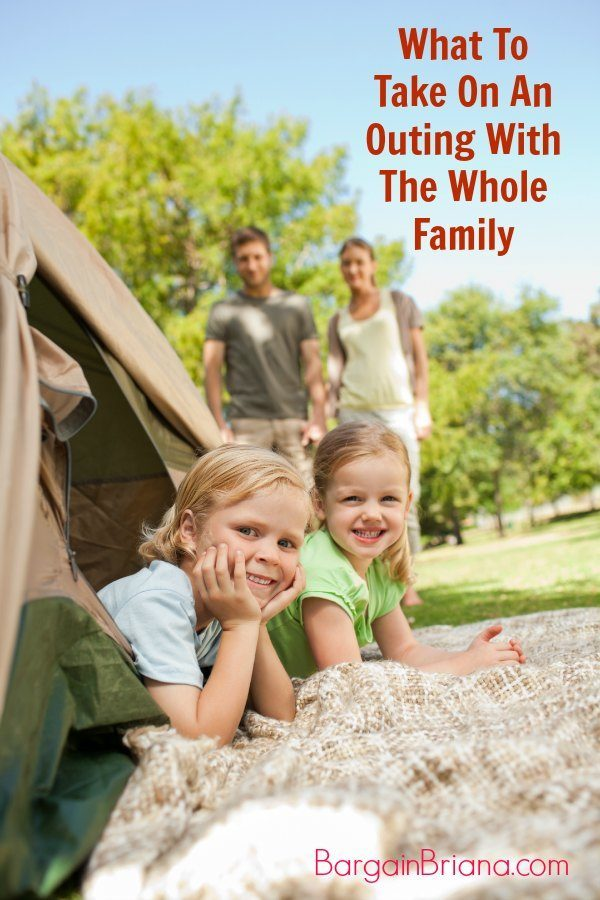 What to Take on an Outing With the Whole Family