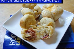 {Freezer to Lunchbox Series} Ham and Cheese Sandwich Mini Monkey Bread