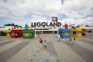 KIDS GO FREE to LEGOLAND® California Resort when you buy Honest Kids Juice 8ct Carton