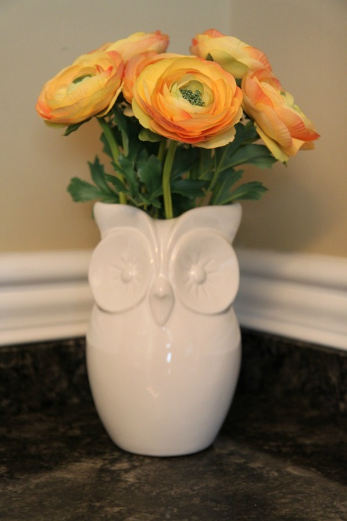 DIY Owl Vase Floral Arrangement