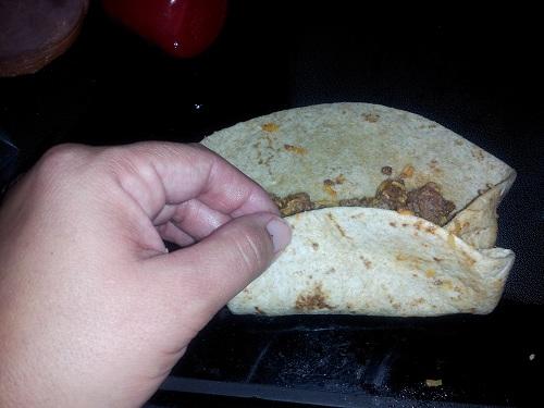 roll cheesy taco